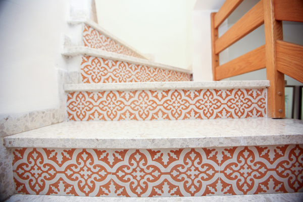 אריחים מצוירים אריחים מעוצבים לחדר מדרגות